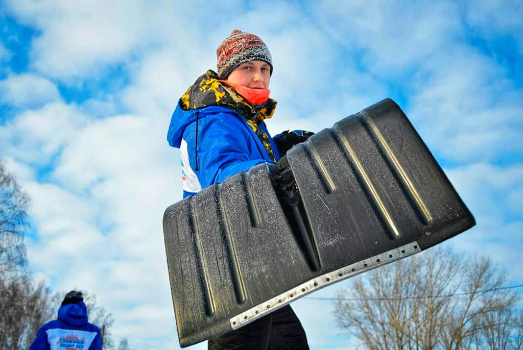 Много снега ивеселья: какстуденты ТУСУРа участвовали в«Снежном десанте»