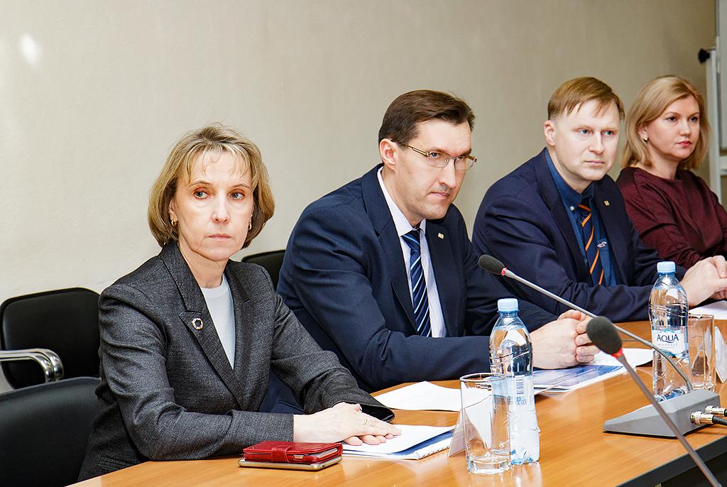Людмила Огородова вТУСУРе обсудила создание регионального проектного офиса дляреализации программы «Цифровая экономика РФ» вТомской области