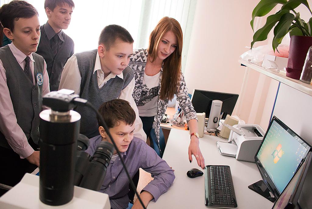 Опыт ТУСУРа: дать направление ивозможности школьникам реализовать научные проекты