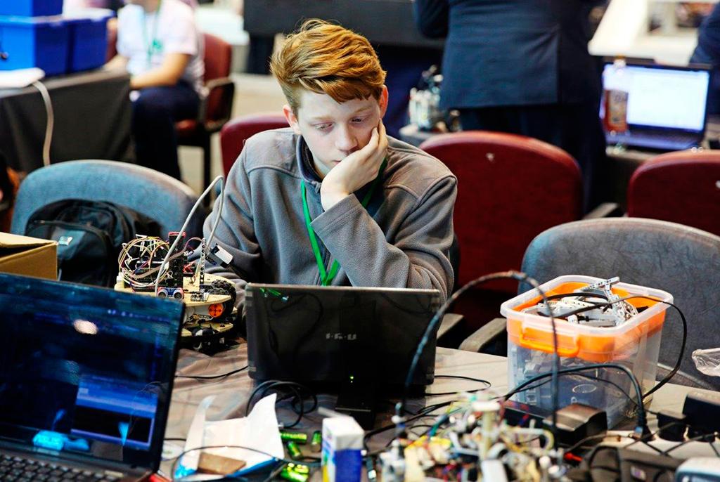 Вапреле ТУСУР вновь проведёт российский этап международных соревнований поробототехнике RoboCup