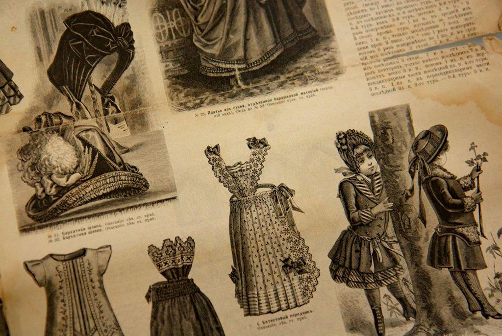 Более 400экспонатов: навыставке вТУСУРе можно увидеть женские аксессуары XIX–XX века