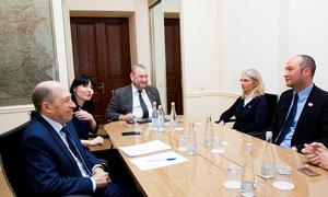 Representatives ofINP Bordeaux Visit TUSUR toDiscuss Joint Projects