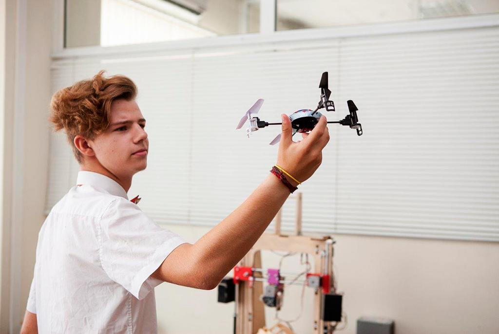 Дляшкольников вТУСУРе проходит конференция побезопасным технологиям иробототехнике