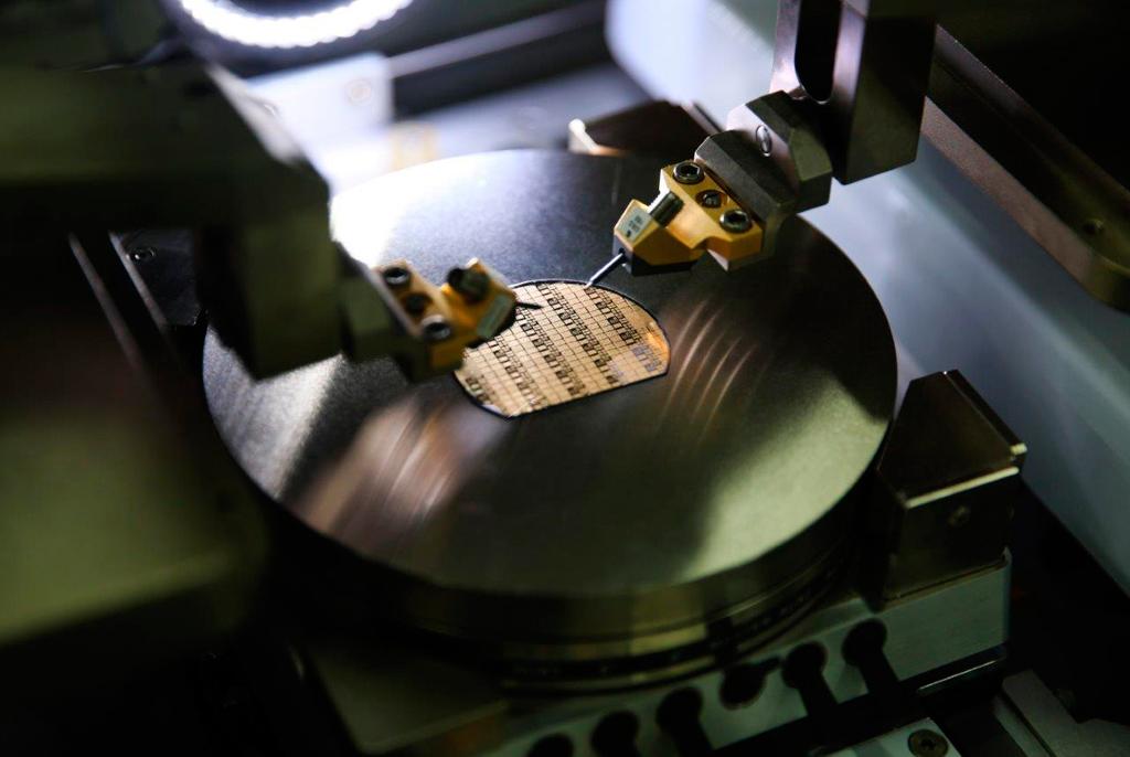 Проекты ТУСУРа посозданию новых технологий длявысокотехнологичных отраслей поддержаны РФФИ