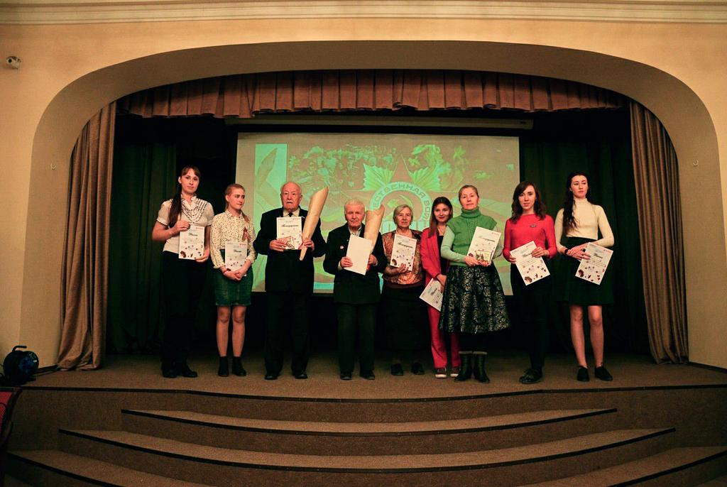 Студенты исотрудники ТУСУРа встретились светеранами Великой Отечественной войны
