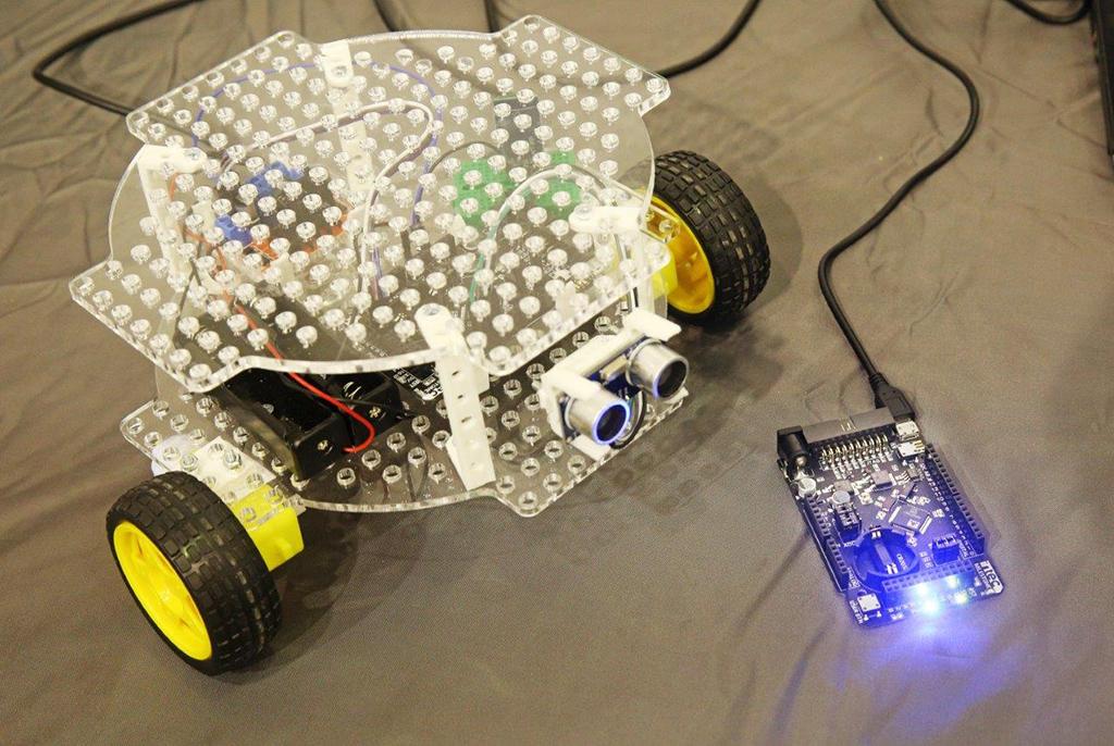 ВТУСУРе собрали обучающего робота наоснове отечественных микроконтроллеров