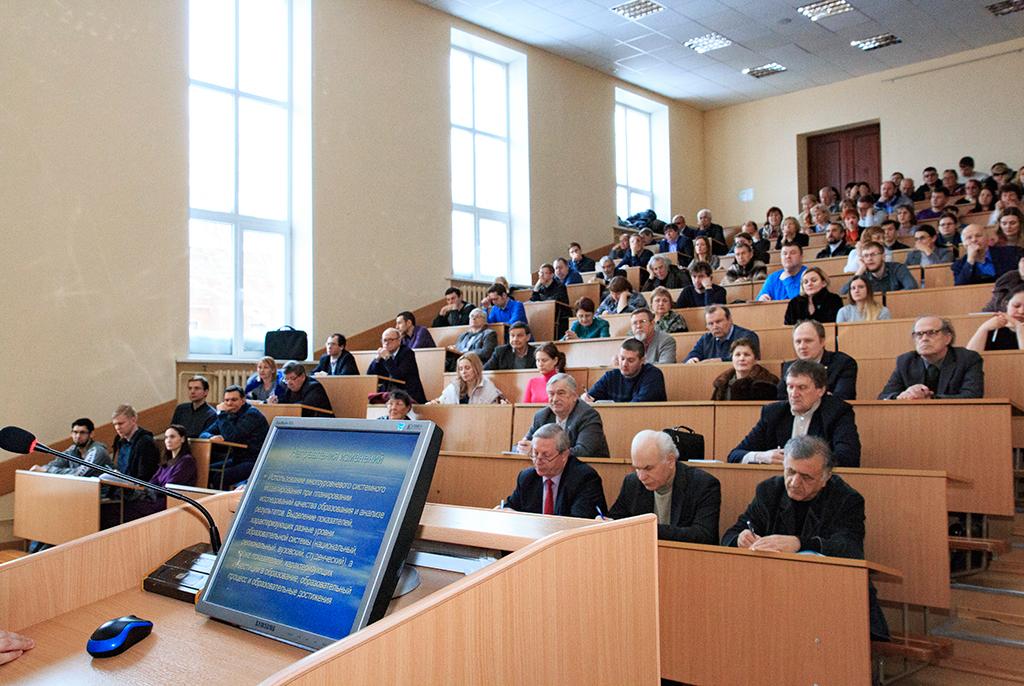 395преподавателей ТУСУРа повысили квалификацию впервом полугодии 2018 года