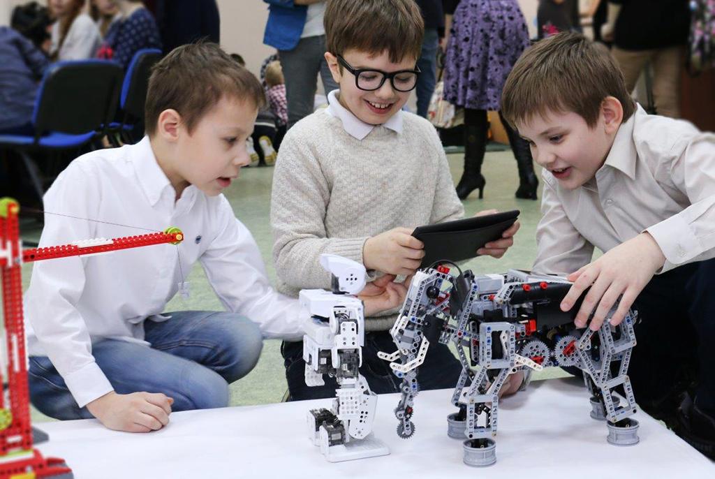 ТУСУР поможет томским школьникам погрузиться вподводную робототехнику
