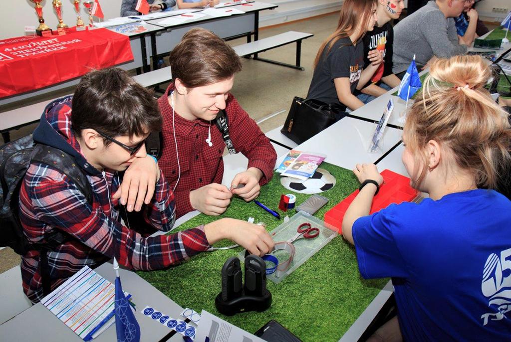 ТУСУР предложит школьникам сыграть винтеллектуальную игру QUIZ