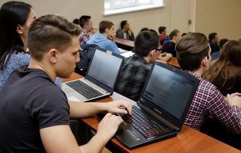 Безопасность IoT, банковской сферы и кибербезопасность в теории и на практике