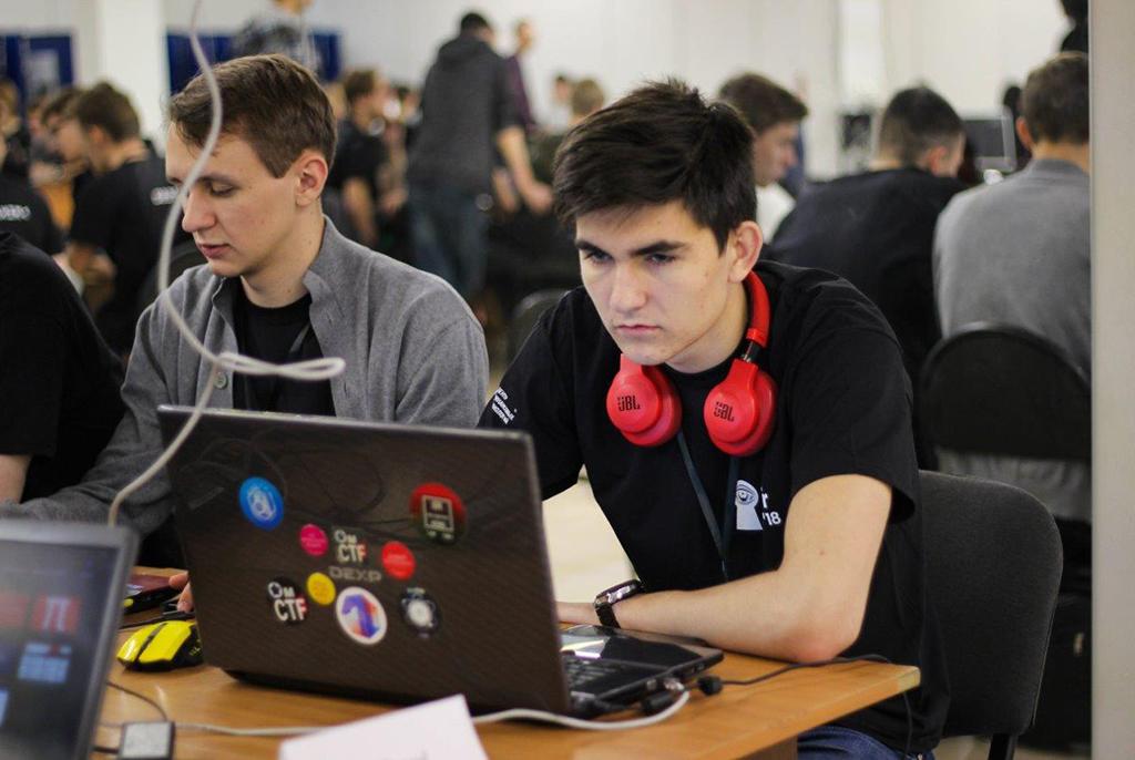 Легальный взлом: ТУСУР собрал «белых хакеров» наглавные CTF-соревнования Сибири