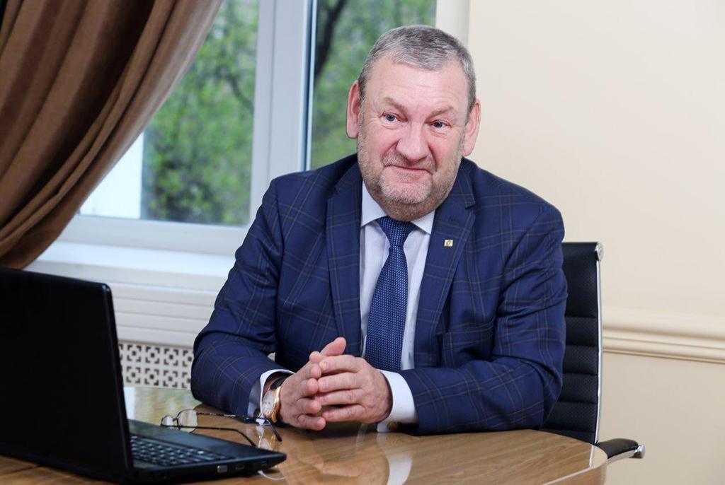 Ректору ТУСУРа Александру Шелупанову присвоено звание Заслуженного работника Высшей школыРФ