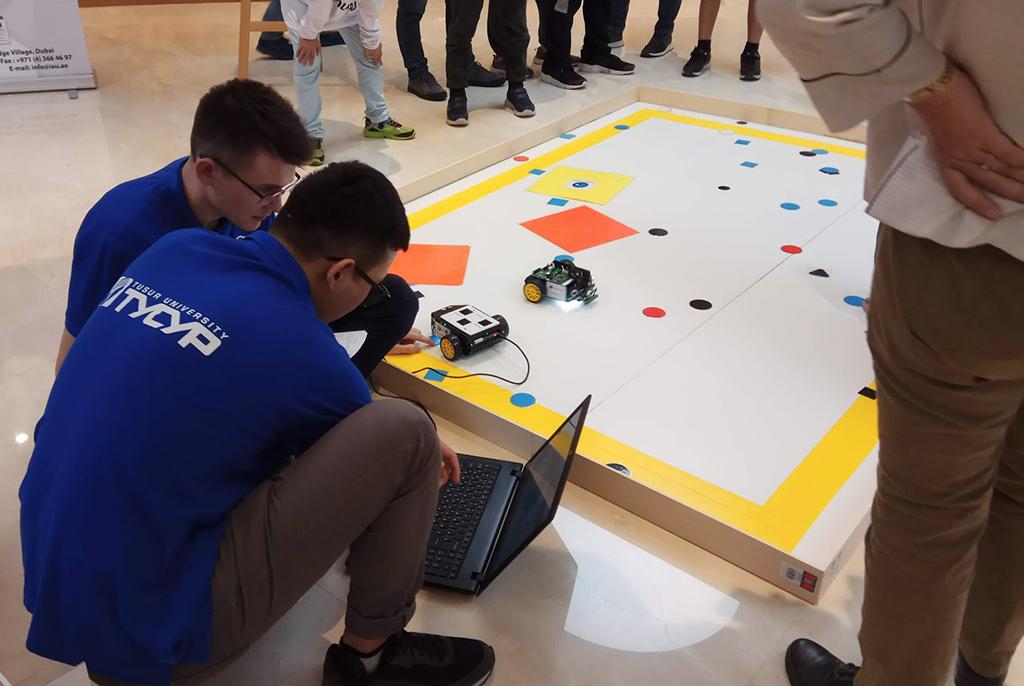 Команды ТУСУРа выступают всуперрегиональном чемпионате RoboCup Азиатско-Тихоокеанского региона