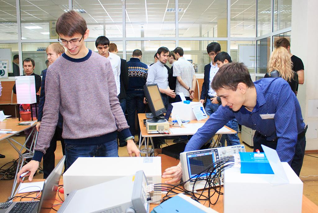 Российские студенты ишкольники представят разработки вТУСУРе навыставке «Рост.UP»
