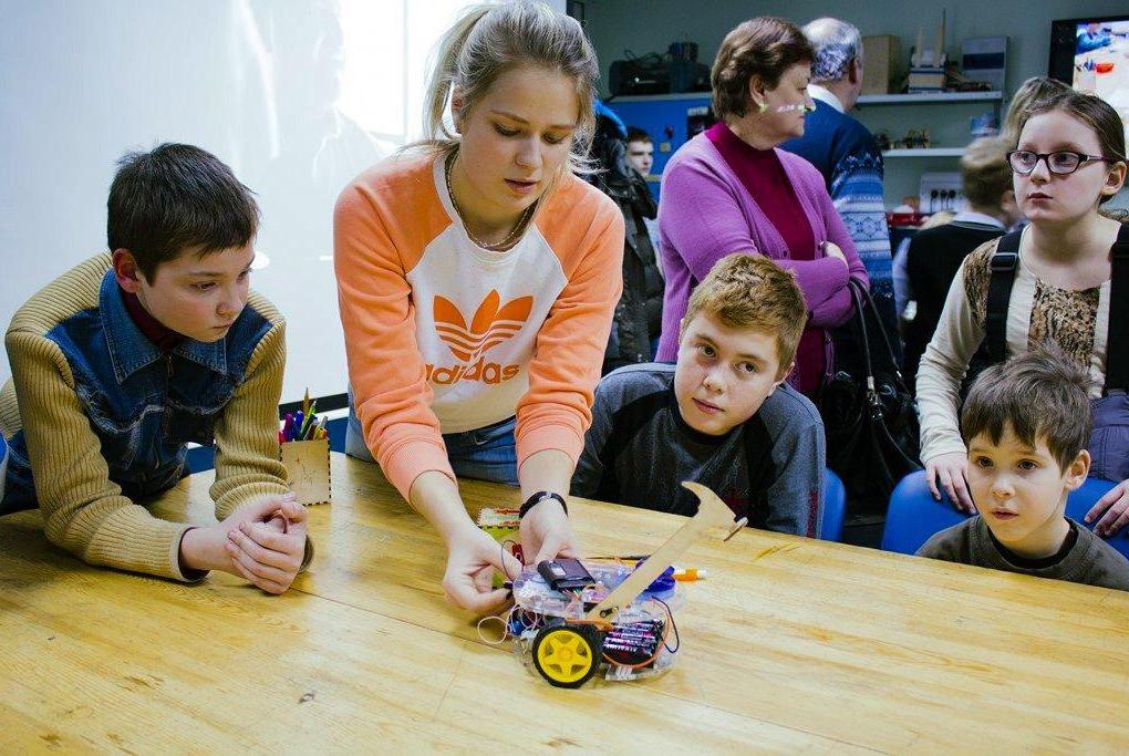 Отидеи дорезультата: почему школьникам полезно заниматься инженерным творчеством вТУСУРе