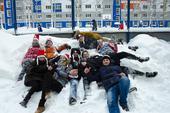Хоккей вваленках ибиатлон вмешках: студенты ТУСУРа провели соревнования внеобычных видах спорта