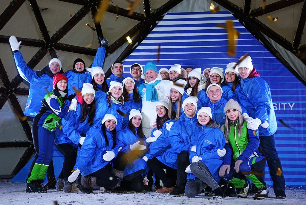 Новогодний выпуск газеты ТУСУРа «Радиоэлектроник»: главные события декабря