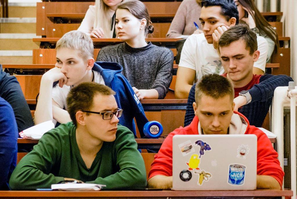 ТУСУР выбран площадкой дляпроведения IT-школы Центра финансовых технологий