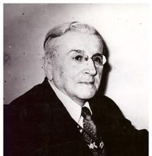 В. В. Гарденин, актёр, театральный режиссёр, руководитель Народного театра в 1948-1955 гг. Фотоархив Дома учёных