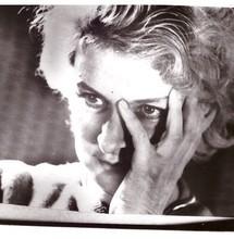 С. Л. Сапожникова, театральный режиссёр и кинорежиссёр, в 1975-1980 гг. была режиссёром Народного театра. Фотоархив Дома учёных