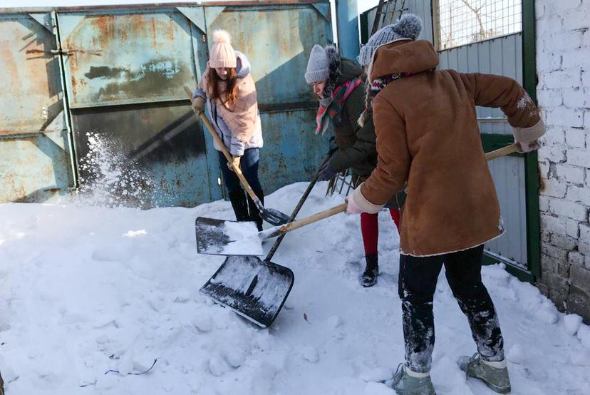 Медиана снежной вахты: ТУСУР подводит промежуточные итоги по уборке снега