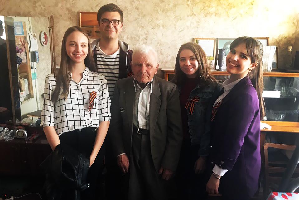 ТУСУР поздравил ветеранов с Днём Победы
