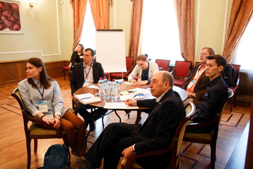 Необходимые компетенции специалистов в области 5G обсудили на воркшопе в ТУСУРе