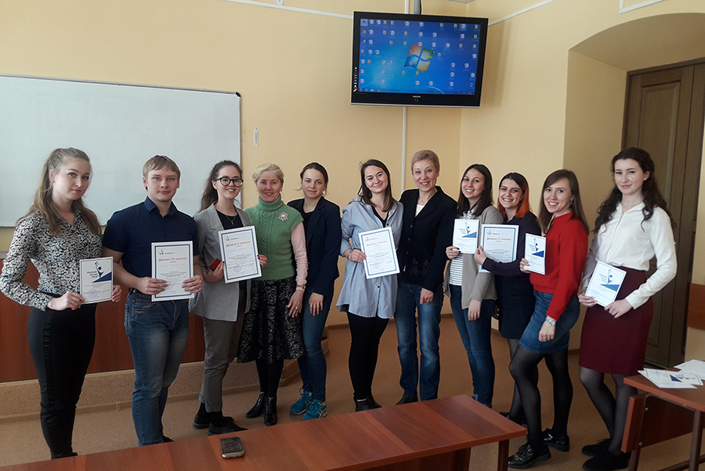 На кафедре философии и социологии ТУСУРа обсудили современные социокультурные технологии в организации работы с молодёжью