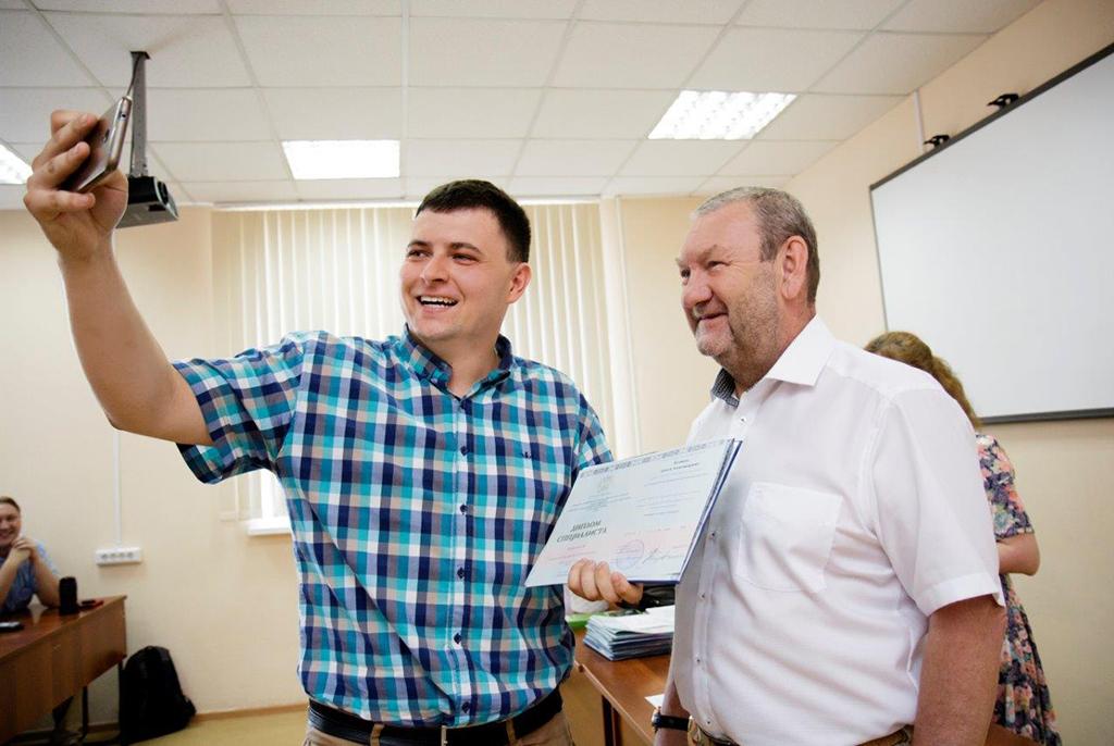 В ТУСУРе проходит конкурс на звание лучшего выпускника