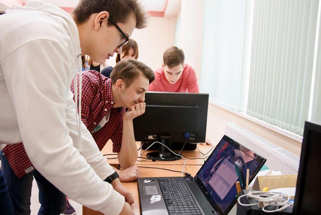 Старшеклассники в ТУСУРе будут обучаться в Школе геймдева «сценаристике» и «геймдизайну»
