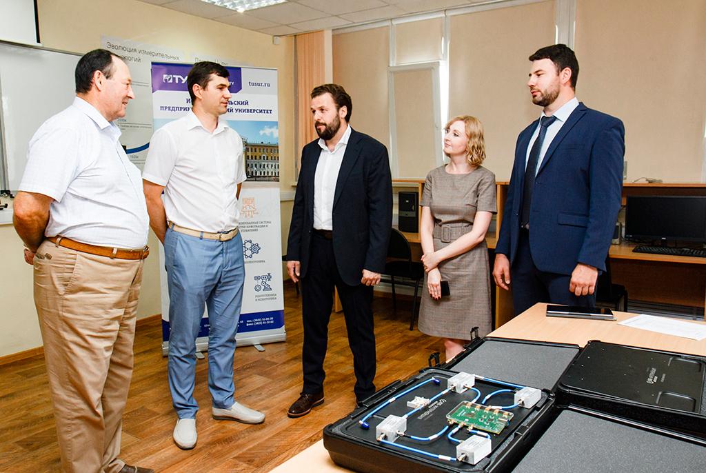 В ТУСУРе создадут электронику нового поколения с помощью уникального оборудования