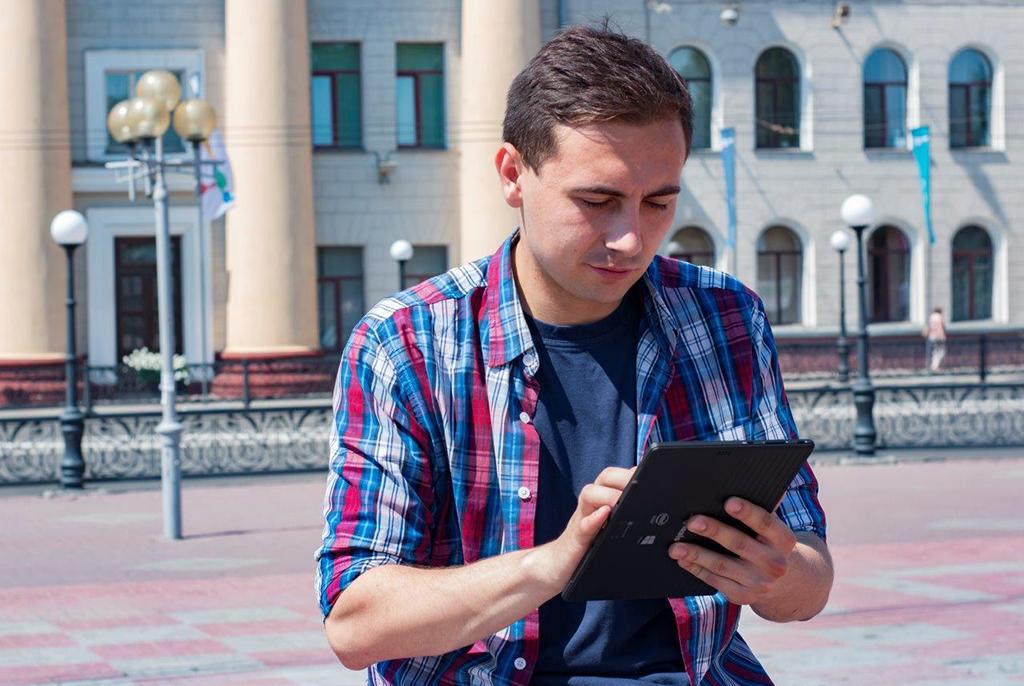 ТУСУР первым из томских вузов переходит на электронные зачётные книжки
