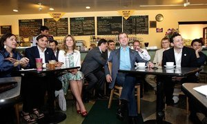 TUSUR Alumni working inthe Silicon Valley metwith theRussian President Dmitry Medvedev