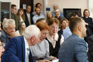 Мэтр радиофизики: конференция, лаборатория и памятная доска в честь профессора Шарыгина