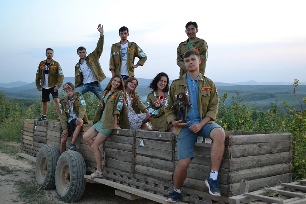 Вместо отдыха – труд: студенческие отряды ТУСУРа вернулись из летнего трудового сезона