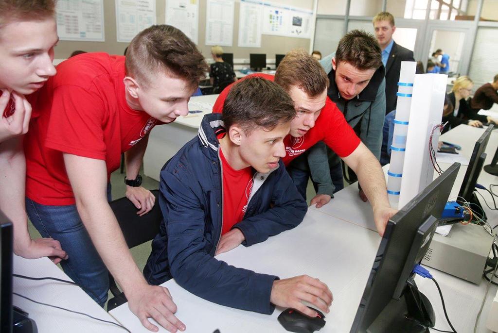 В День открытых дверей ТУСУРа школьники узнают о профессиях будущего