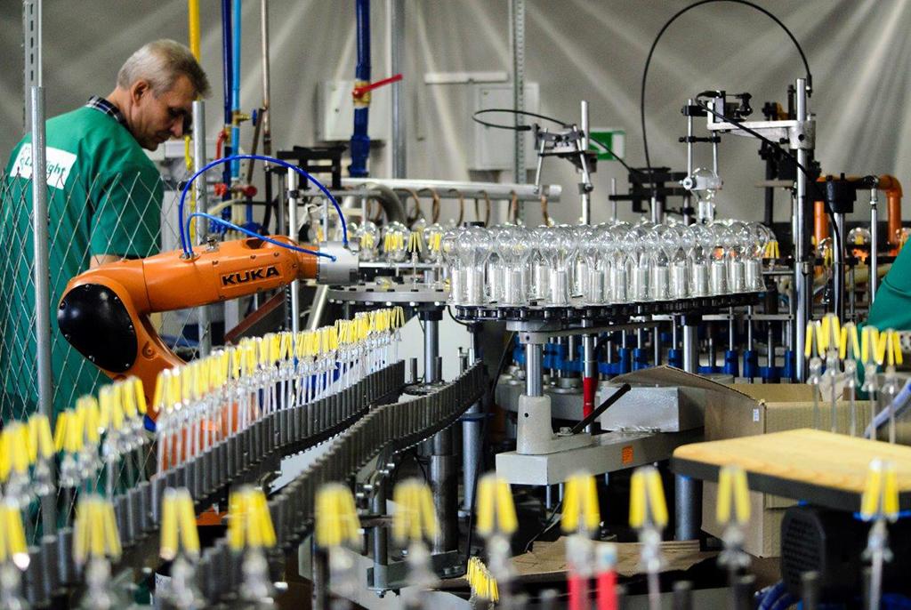 ТУСУР совместно с Томским электроламповым заводом открыл линию интеллектуального производства светодиодных ламп нового поколения
