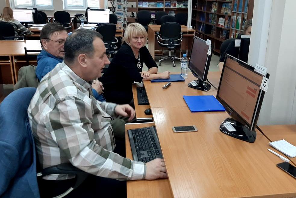 Сотрудники управления дополнительного образования ТУСУРа познакомили преподавателей трёх сибирских вузов с технологиями непрерывного образования