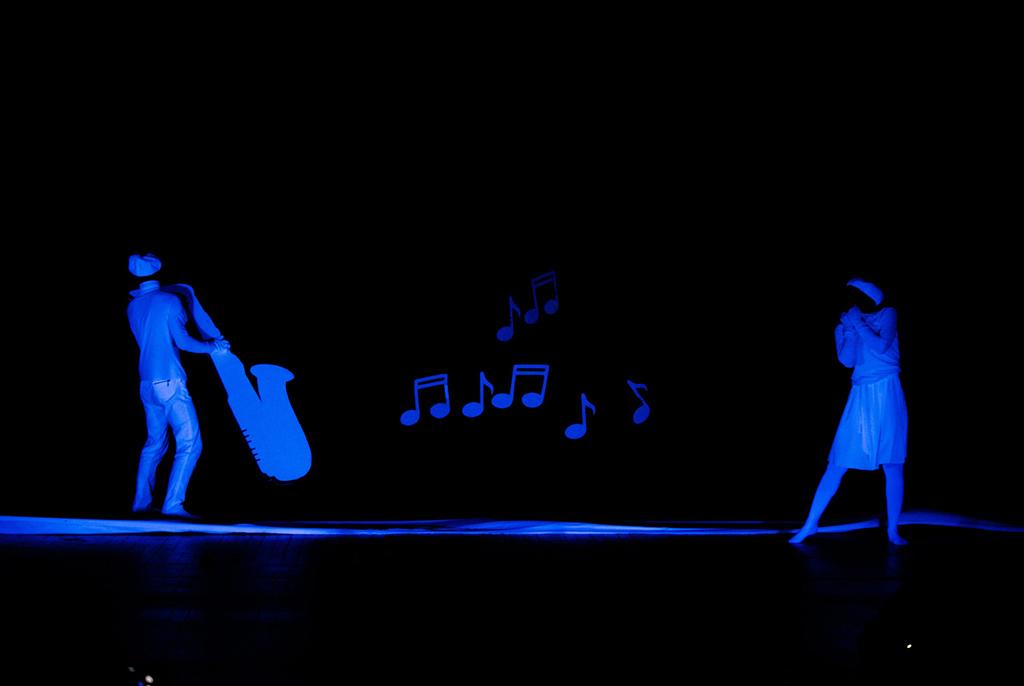 Один из лучших студенческих творческих коллективов Томска – театр пластики «Магия рук» ТУСУРа – впервые покажет спектакль