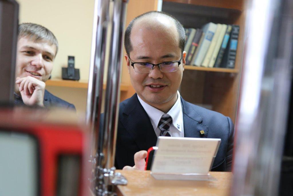 ТУСУР и компания Kyocera разработают корпус для радиофотонной интегральной схемы