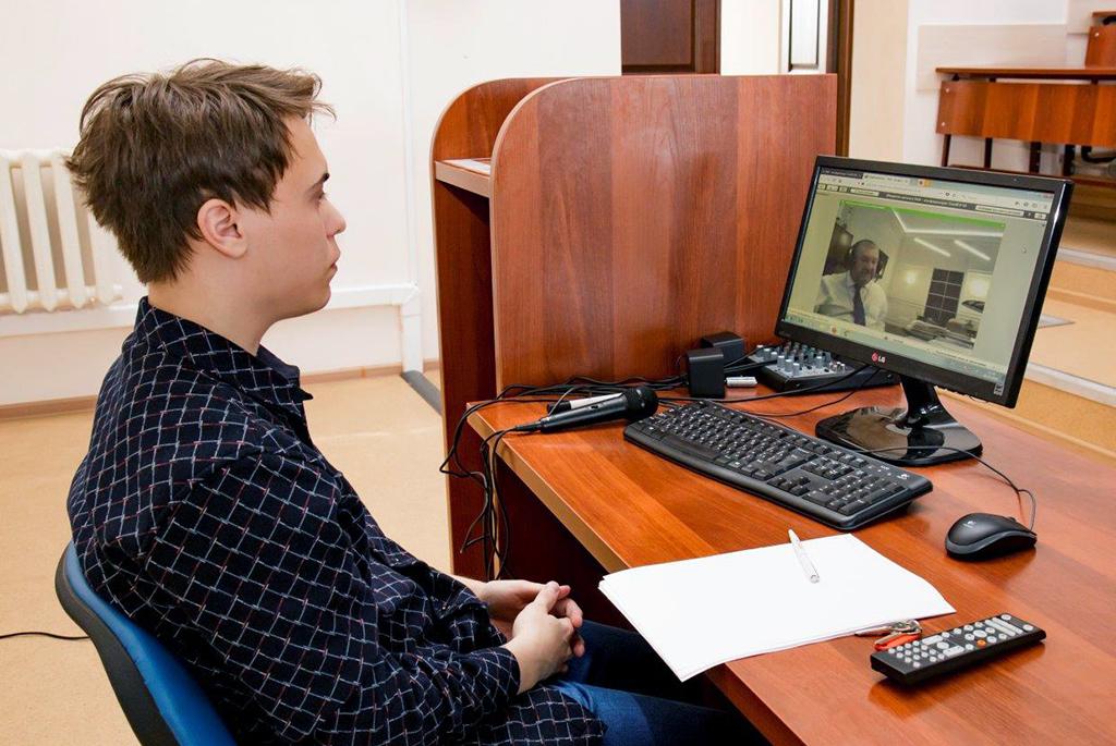 На вебинаре ТУСУРа для школ расскажут, как в сжатые сроки и без стресса перейти на дистанционный режим обучения
