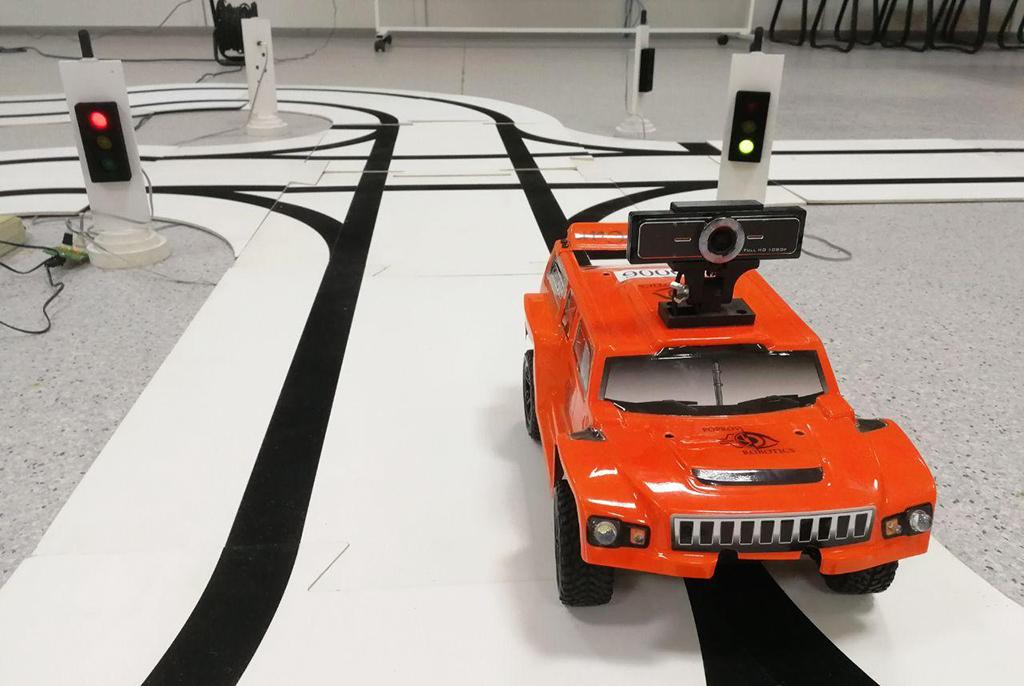 Цифровое зрение беспилотников проверили на хакатоне в ТУСУРе