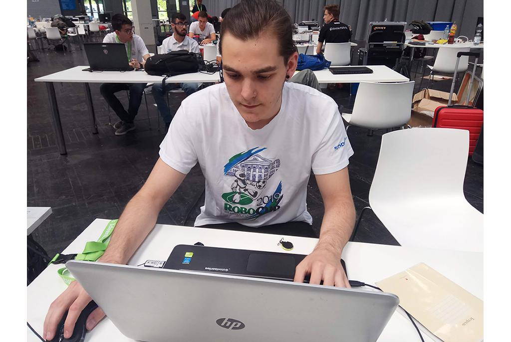 Студент ТУСУРа – победитель международных соревнований по робототехнике