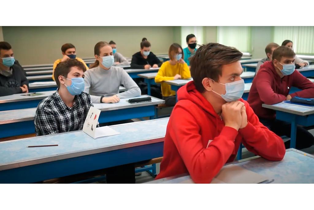 ТУСУР открывает набор в онлайн-спецклассы по подготовке к ОГЭ и ЕГЭ и практическому программированию