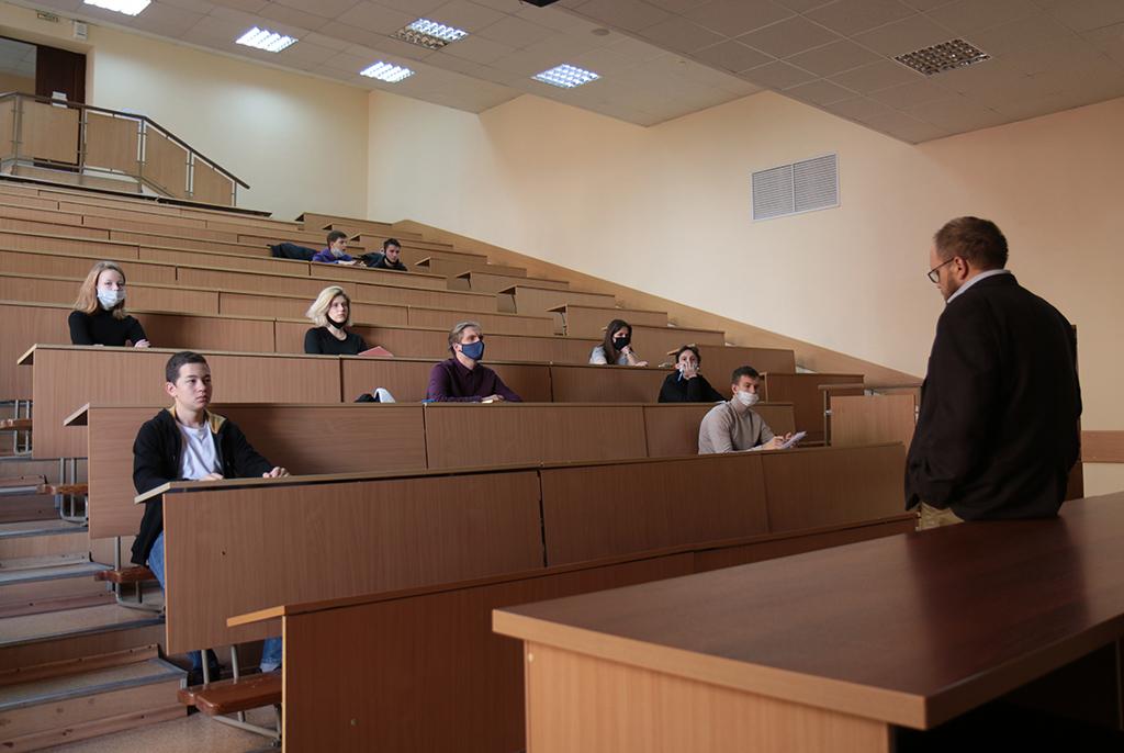 Более 1 600 первокурсников ТУСУРа окончили обучение по проектной деятельности в текущем семестре