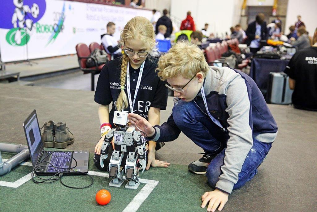 ТУСУР впервые проведёт робототехнический чемпионат RoboCup в подшефной школе «Интеграция»