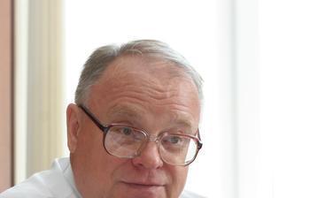 Ректор ТУСУР А.В. Кобзев