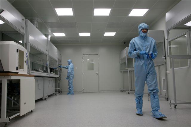 Ученые ТУСУР создали первый вТомске гетероструктурный транзистор, соответствующий мировым стандартам