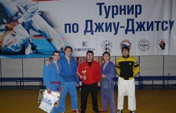 Спортсмены ТУСУР успешно выступили насоревнованиях покомбат джиу-джитсу