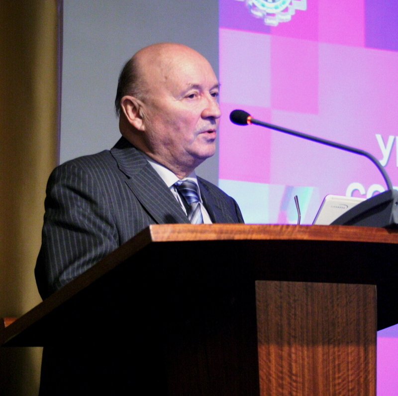 Ю. П. Похолков, заведующий кафедрой организации и технологии высшего профессионального образования ТПУ